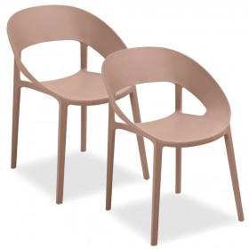 Pair of chairs shell shaped